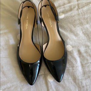 Via Spiga patent leather heels